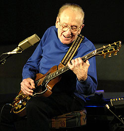 wncu 90 7 fm jazz radio les paul dies at 94wncu 90 7 fm jazz radio. Black Bedroom Furniture Sets. Home Design Ideas